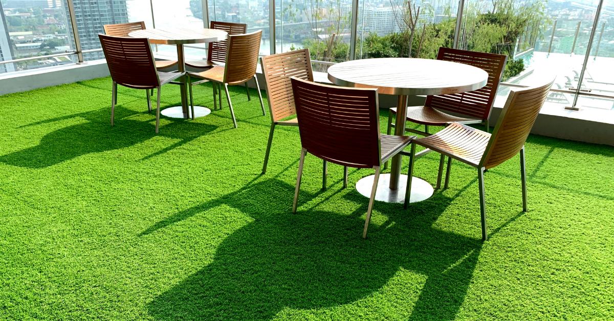 veštačka trava na balkonu - Ambient podne obloge